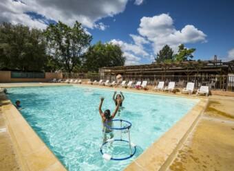 Baignade en piscine